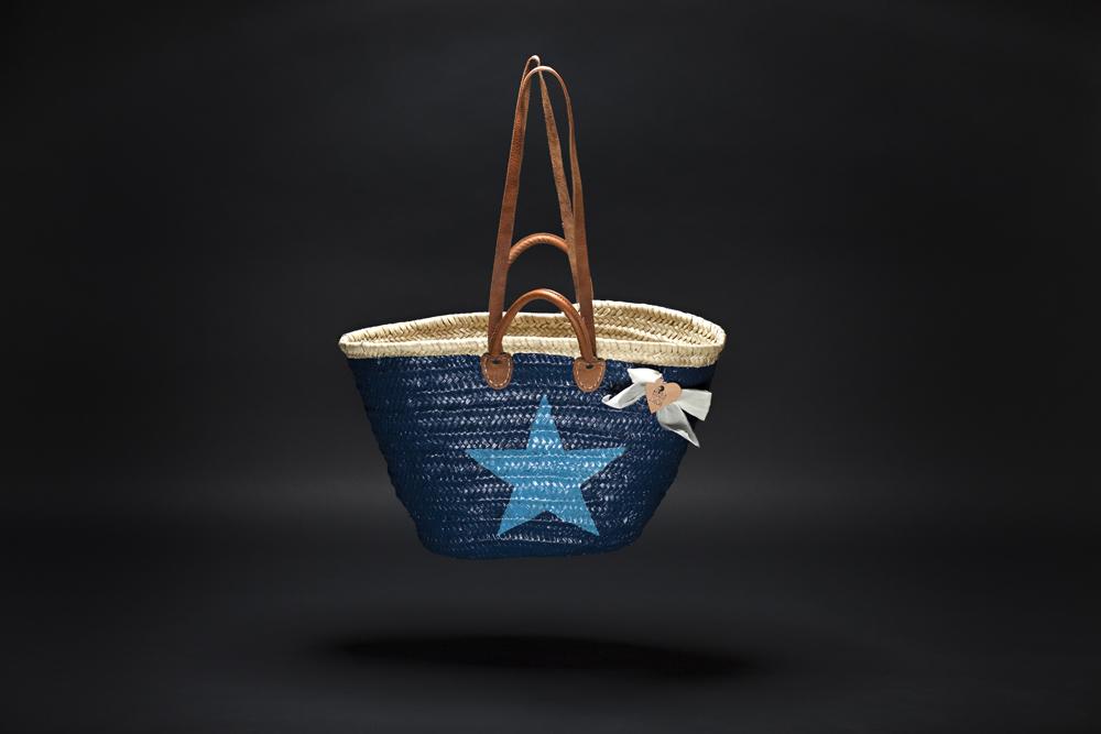 blau mit hellblauem stern